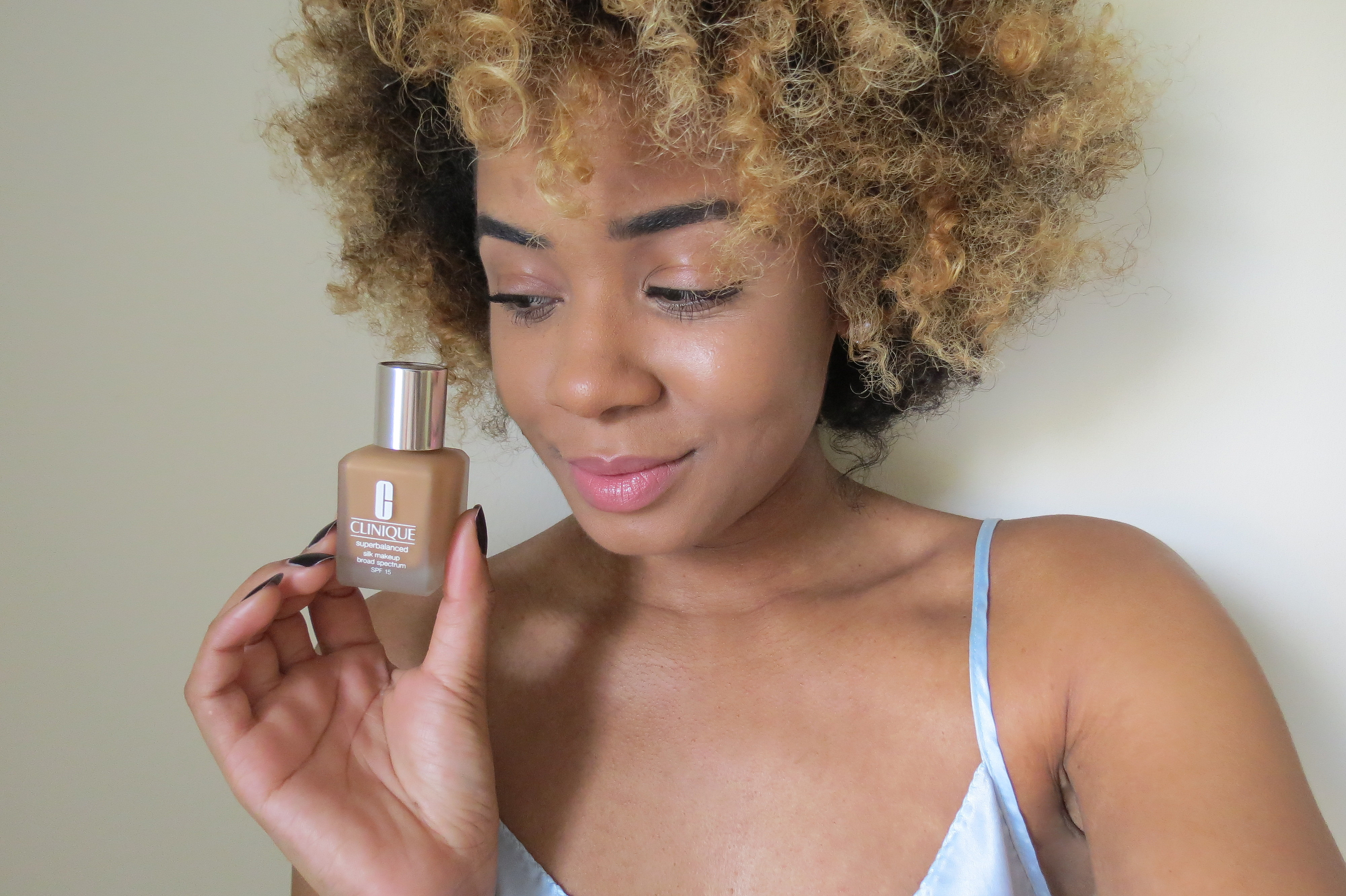 Review: Clinique's Superbalanced Silk Makeup Broad Spectrum SPF 15 Foundation