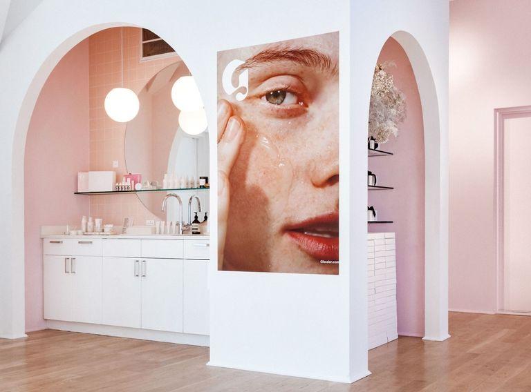 glossier-showroom
